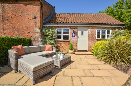 Last Minute Cottages - Lovely Swannington Rental S11888