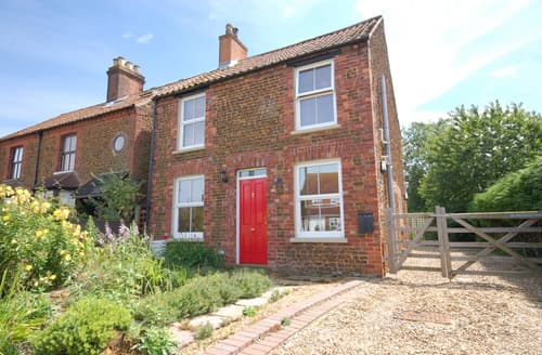 Last Minute Cottages - Avocet Cottage
