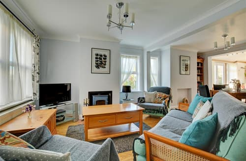 Last Minute Cottages - Quaint Mundesley Rental S11798