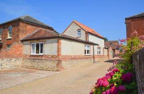 Last Minute Cottages - Excellent Upton Rental S11915