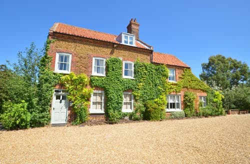 Last Minute Cottages - Adorable Heacham Rental S11727