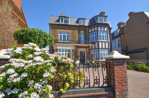Last Minute Cottages - Gorgeous Hunstanton Apartment S113841