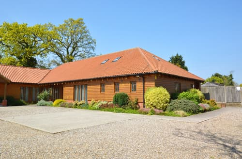Last Minute Cottages - Delightful Ingworth Apartment S11972