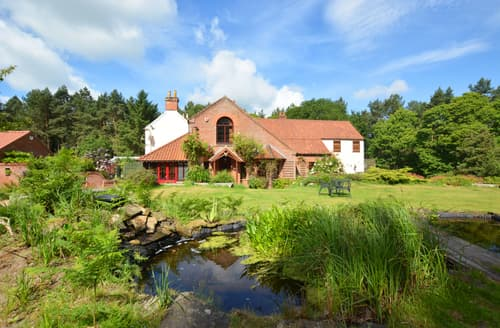 Last Minute Cottages - Warren House
