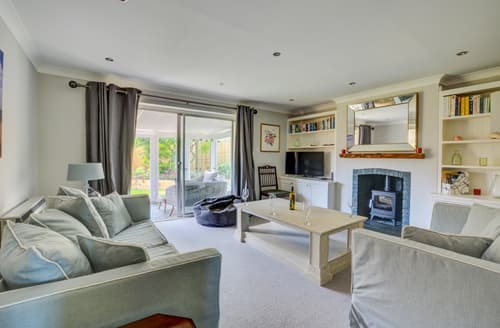 Last Minute Cottages - Lovely Brancaster Cottage S105312