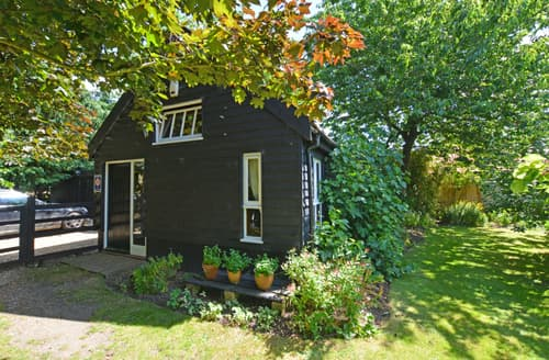 Last Minute Cottages - Luxury Acle Rental S11730