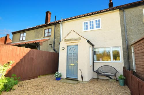 Last Minute Cottages - Tasteful Stalham Rental S11802