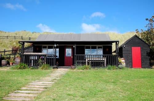 Last Minute Cottages - Attractive Sea Palling Lodge S11816