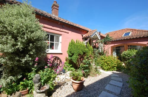 Last Minute Cottages - Lovely Wells Next The Sea Rental S9763