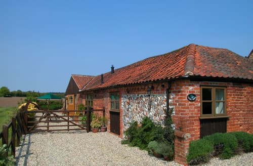 Last Minute Cottages - Lilac Barn