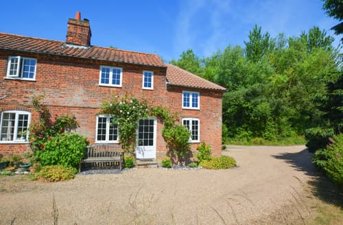 Last Minute Cottages - Exquisite Little Barningham Cottage S94441