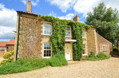 Big Cottages - Cosy Pentney Rental S11901
