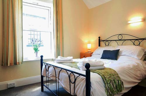 Last Minute Cottages - Beautiful Teignmouth Cottage S79492