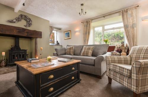 Last Minute Cottages - Attractive  Cottage S93928