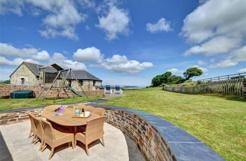 Last Minute Cottages - Charming Little Petherick Cottage S42657