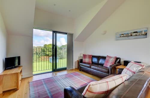 Last Minute Cottages - The Hayloft, Helston