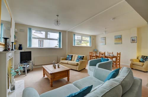 Last Minute Cottages - Abalone Apartment