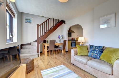 Last Minute Cottages - Delightful Padstow Cottage S42936
