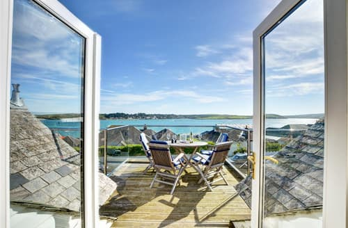 Last Minute Cottages - Luxury Padstow Town Cottage S74652
