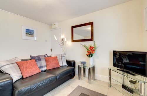 Last Minute Cottages - Trevose Apartment