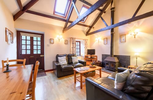 Last Minute Cottages - Beautiful Helford Cottage S92970