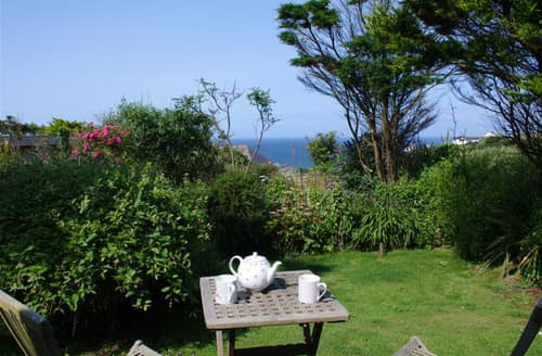 Last Minute Cottages - Stunning Mawgan Porth Cottage S42669