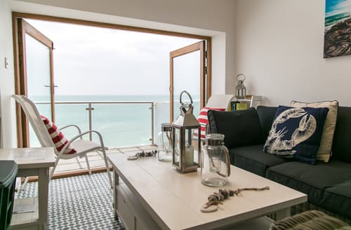 Last Minute Cottages - Cosy Porthleven Cottage S89256