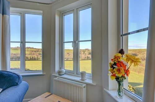 Last Minute Cottages - Luxury Fowey Apartment S77288