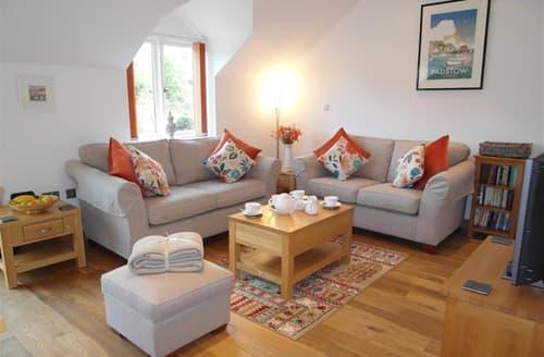 Last Minute Cottages - Tasteful Little Petherick Cottage S42863