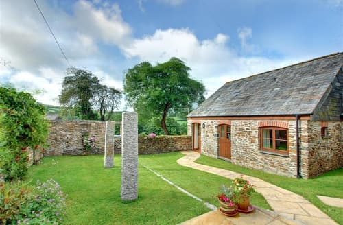 Last Minute Cottages - Cosy Wadebridge Cottage S42645