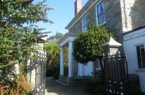 Last Minute Cottages - Boslandew House