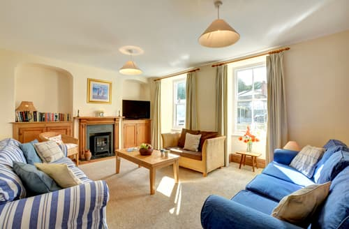 Last Minute Cottages - Beautiful Padstow Cottage S43039