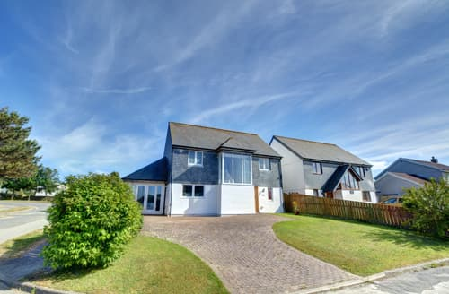 Last Minute Cottages - Attractive Padstow Town Cottage S78212