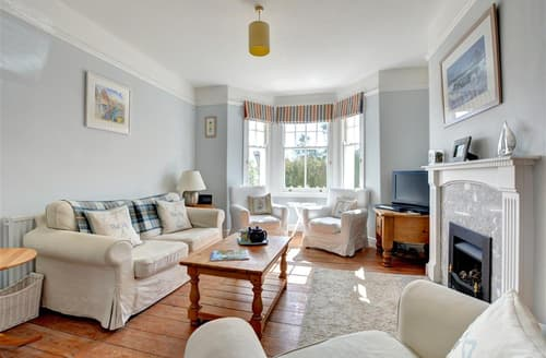Last Minute Cottages - Wonderful Padstow Town Cottage S79743