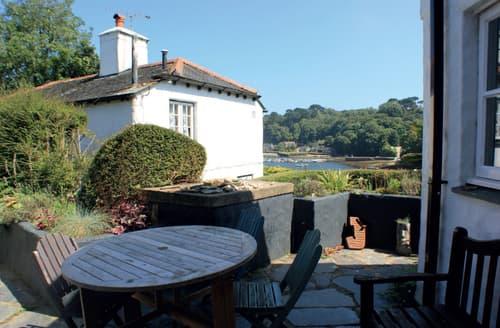 Last Minute Cottages - Wonderful Helford Cottage S93183