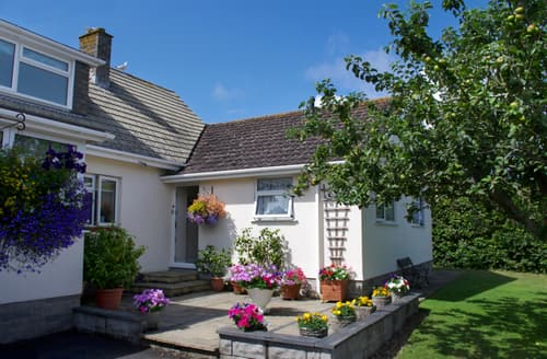 Last Minute Cottages - Charming Constantine Bay Cottage S42940