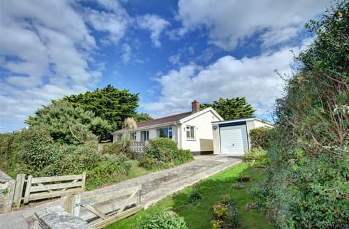 Last Minute Cottages - Excellent Polzeath Cottage S76875