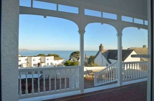 Last Minute Cottages - Delightful Looe Apartment S42841