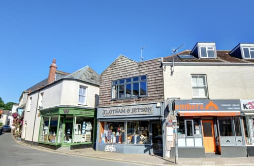Last Minute Cottages - Superb Padstow Apartment S42897