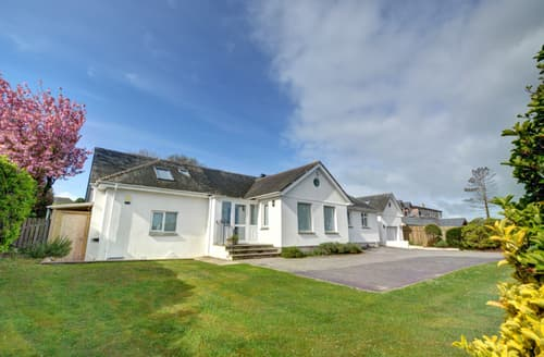 Big Cottages - Beautiful Constantine Bay Cottage S42844