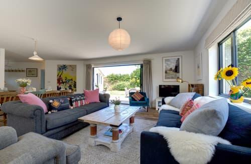 Last Minute Cottages - Stunning Trevone Bay Cottage S106068