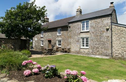 Last Minute Cottages - Luxury Porthleven Cottage S89294