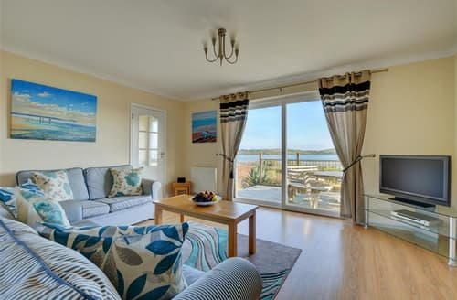 Last Minute Cottages - Delightful Padstow Cottage S43040