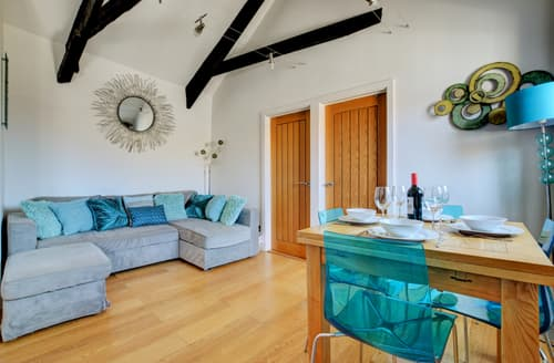 Last Minute Cottages - Exquisite St Ives Apartment S80905