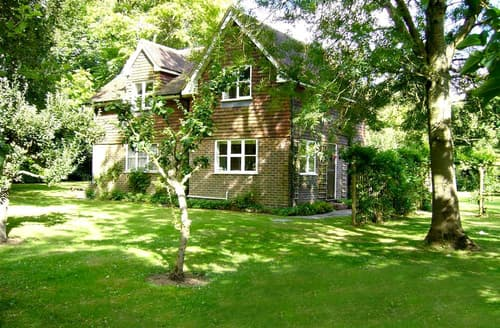 Last Minute Cottages - Charming Ardingly Rental S10317