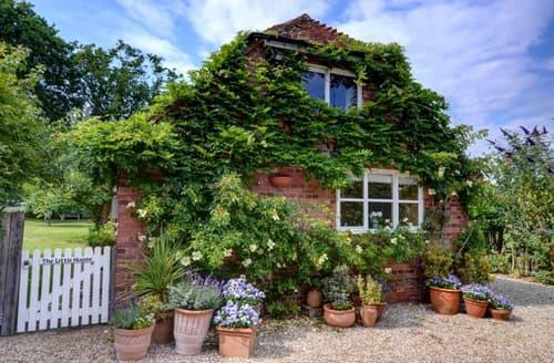 Last Minute Cottages - Quaint Cranbrook Rental S10328
