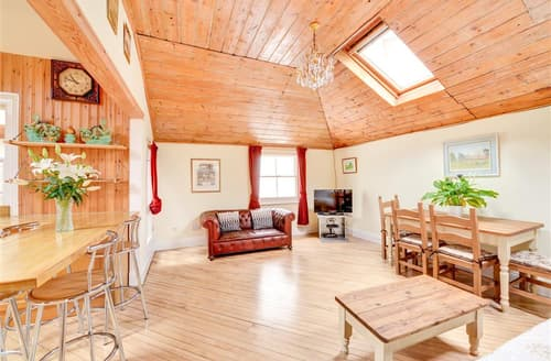 Last Minute Cottages - Quaint Hove Lodge S12649
