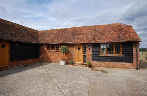 Last Minute Cottages - Brook Farm Barn