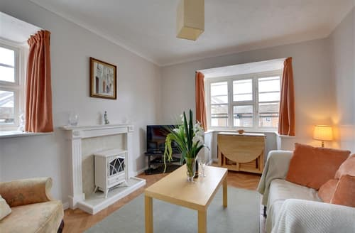 Last Minute Cottages - Exquisite Lewes Apartment S12658
