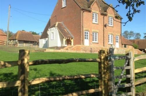 Big Cottages - Exquisite Maidstone Rental S13260